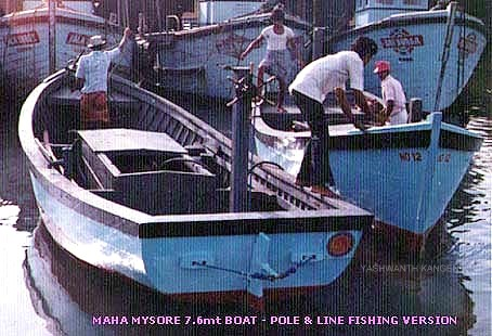 25' pole-and-line fishing boat